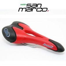 Седло ARAMI SYNTHETIC красное, производитель San Marco Италия